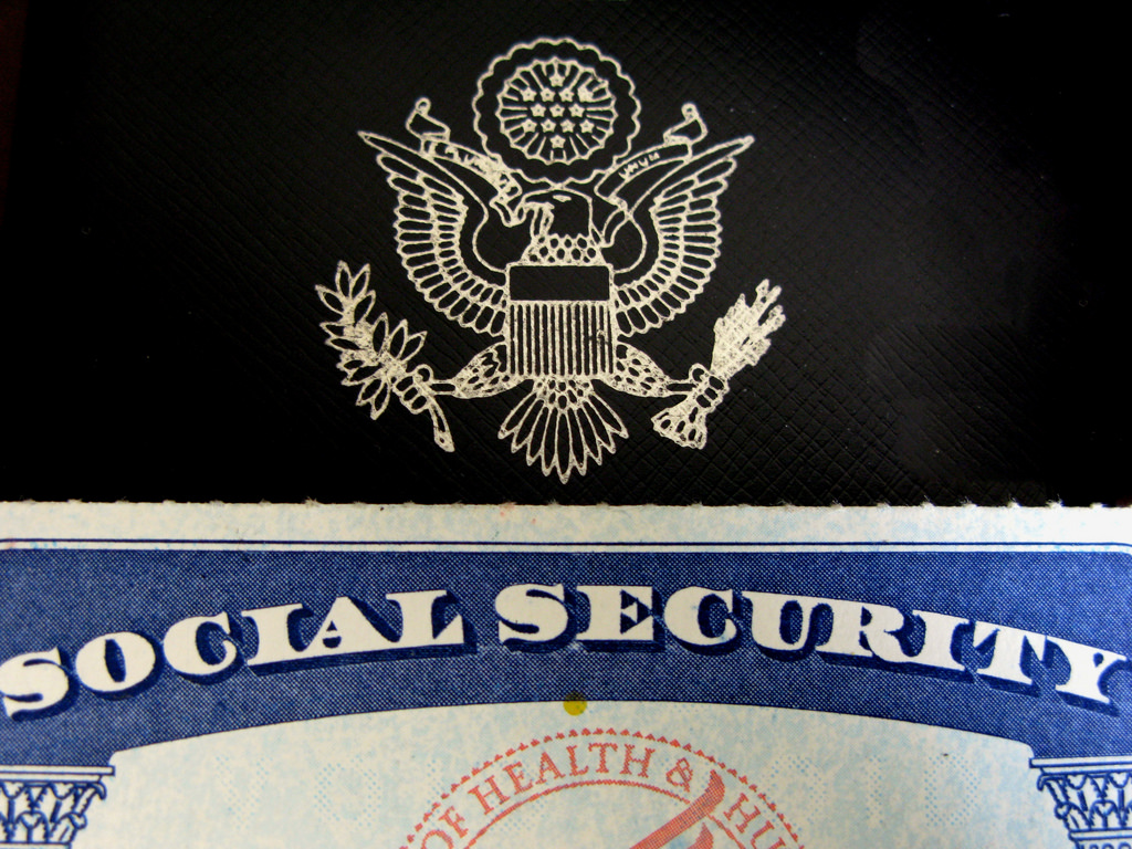 Apply social security